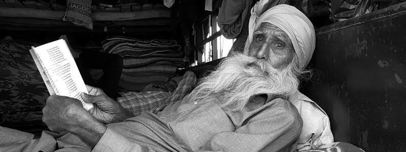 印度农民不堪忍受新法案,无惧新冠愤起反抗